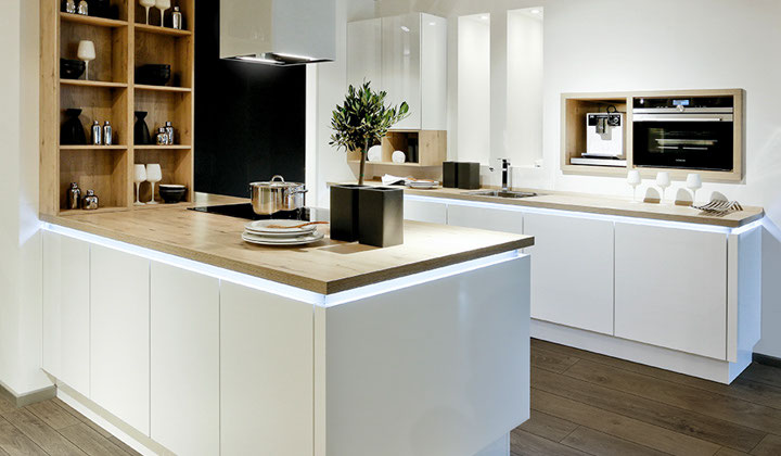 White Modern Kitchens, Richmond Hill