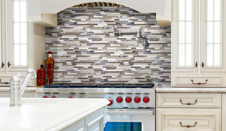 Glass and stone mosaic backslash by Polmaster