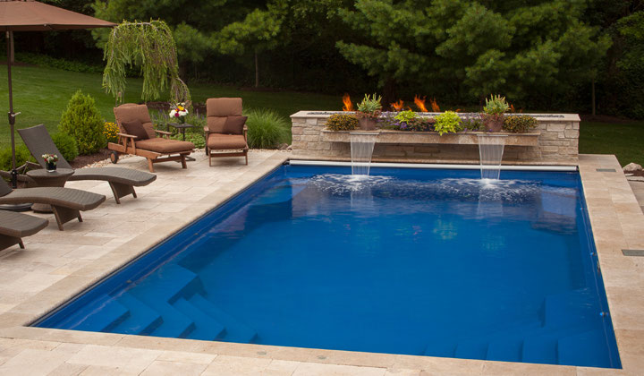 Barrier reef fiberglass pools at improve canada for Fiberglass pool installation