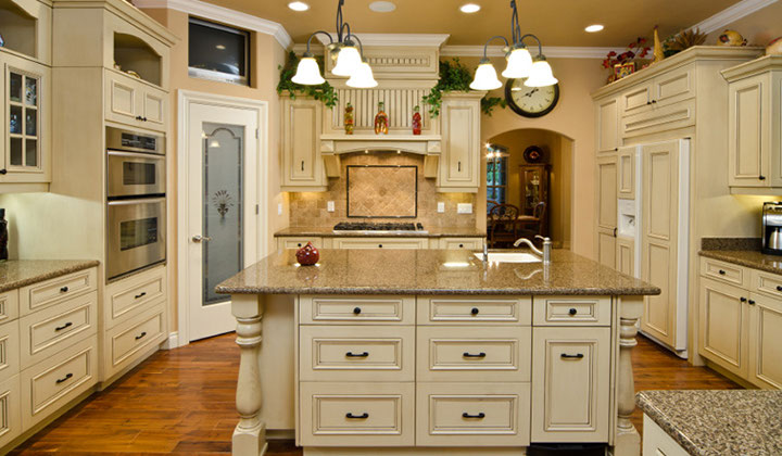 Classic kitchen and kitchen renovation by Joseph kitchens, Richmond Hill