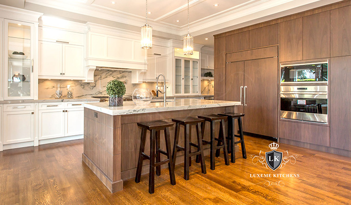 Modern Kitchen renovation by Luxeme Kitchens, Toronto