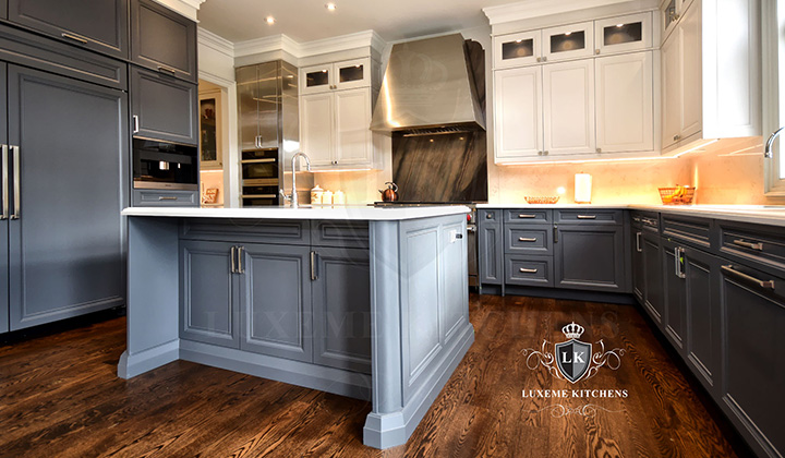 Traditional Gray and white Kitchen by Luxeme Kitchens, Oakville