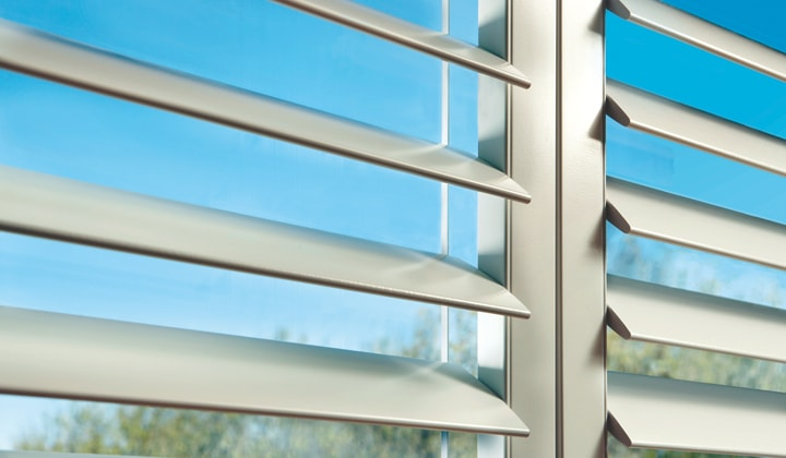 Hunter Douglas shutters Toronto