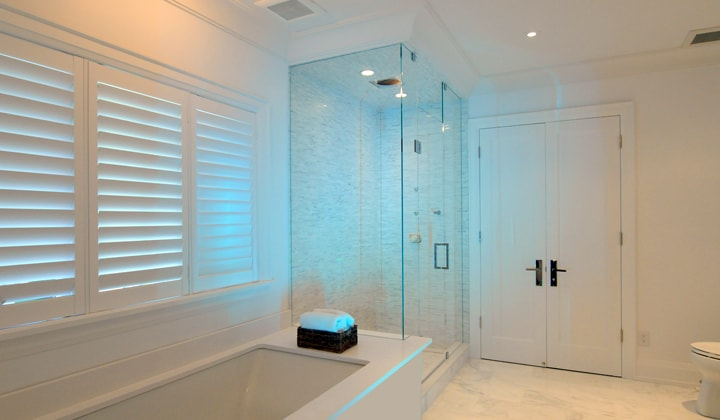Led lit quality glass shower