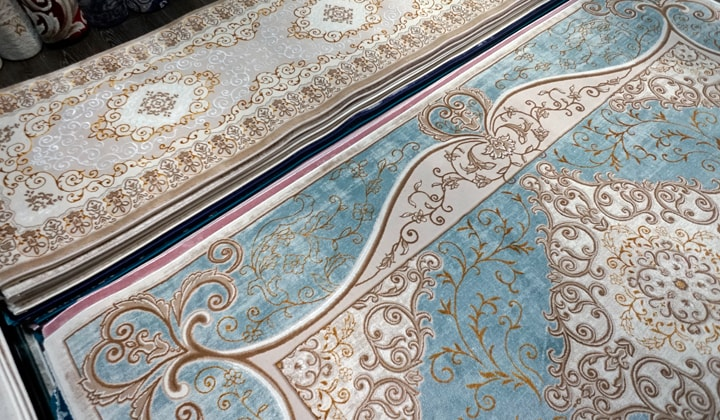 Turkish Area Rugs, Silks showroom at Improve Mall