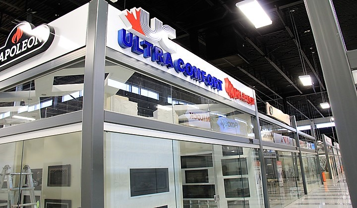 Gas and electric fireplaces at Ultra Comfort showroom , Improve Centre