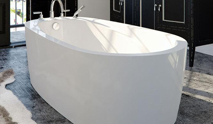 The simplicity of the bathtub makes it the perfect complement to your décor