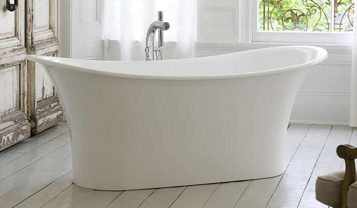 Oval bathtub, double ended freestanding bateau tub