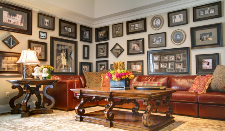 Family room design by Alexandra Naranjo Designs
