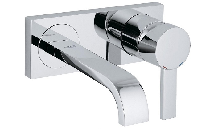GROHE Wall-Mount Faucet - Pyramid Showroom