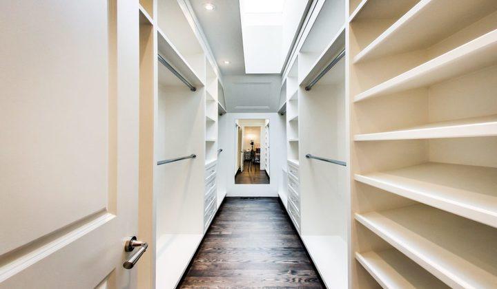 Custom walk in closet by Great 6 Contracting