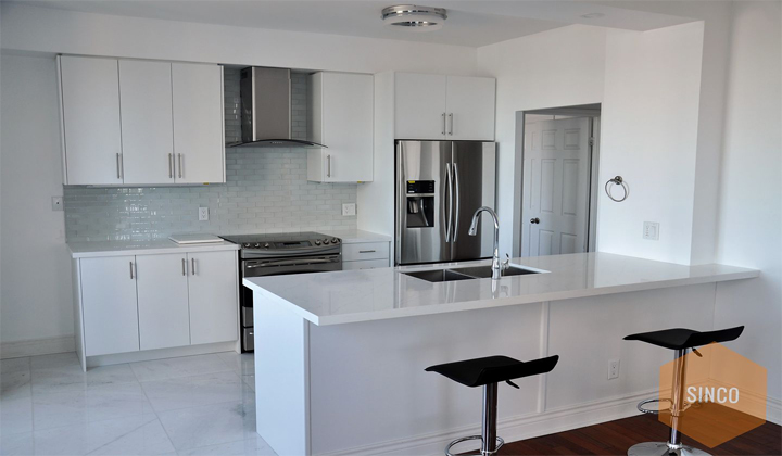 White Kitchen. Proudly Canadian. Hanstone's Tranquility, always a classic clean look. Toronto.